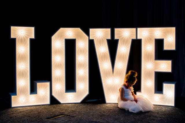 Giant LOVE